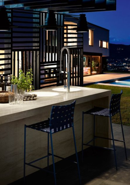 kitchen-surface-outdoor-charm-01-9a421